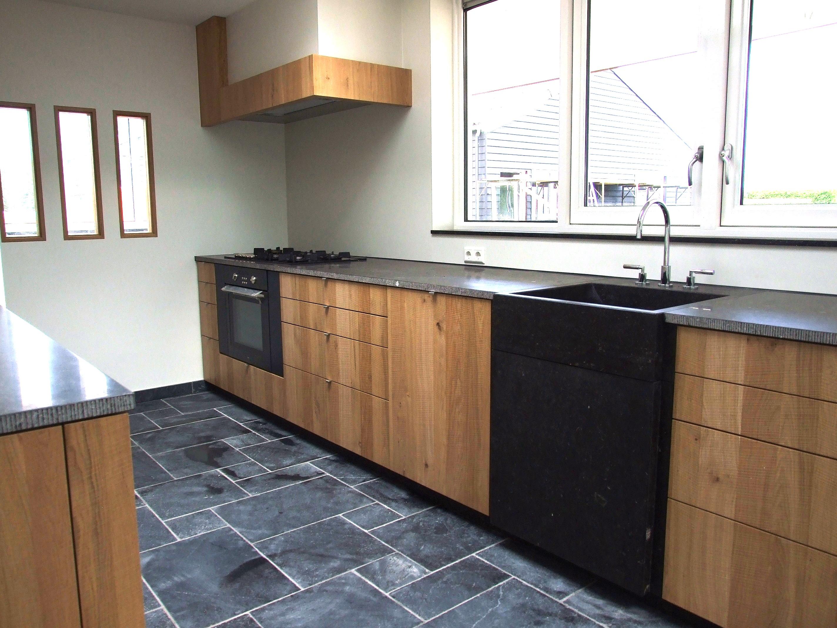 Het ribbenhout keuken landelijk modern for Keuken landelijk modern